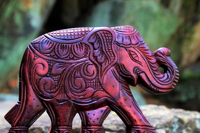 slon suvenýr