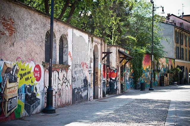 pomalované zdi