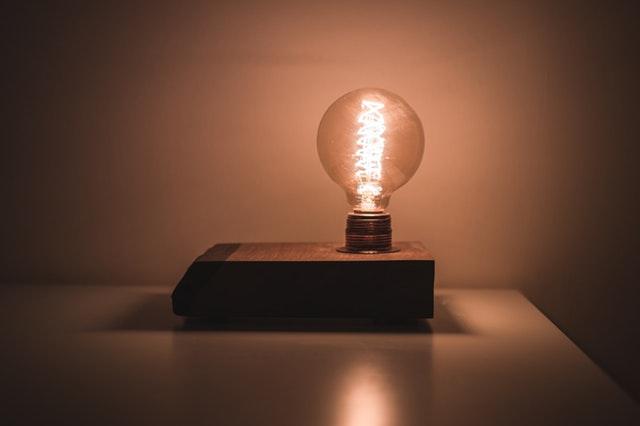 obyč lampička